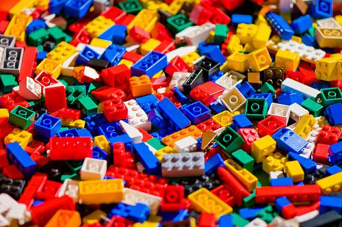 Ultimate Lego Challenge (Grades 1 – 5) 4/30/15 6:30pm-7:30pm ~ Register!