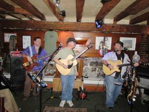 Concert in the Courtyard – Acoustic Truffle, July 28th @ 6:30 PM