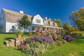 Exemplary Country Estates of New Hampshire with Cristina Ashjian (NH Humanities) – Registration Requested @ 6:30, Thurs. 3/28/2019