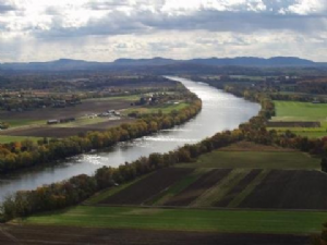 The Connecticut: New England's Great River ~ (NH Humanities) Register to attend @ 6:30 on 11/7/2019